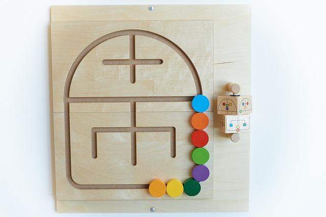 Jakie zabawki edukacyjne wybrać dla dzieci w różnym wieku?